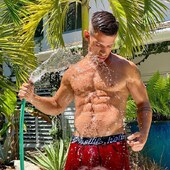 Ready for the summer?  Get your Hottie Menswear Boxers now and enjoy the sun like @theeveretteffect  HottieMenswear.com  #underwear #model #brenteverett #boxer #summer #hot